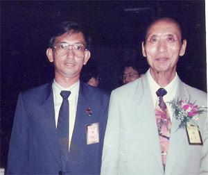 Master Leyau and Zeng Zi Nan at The 10th International Conference of Yi Ching Learning in Taiwan 1993 .7. 25
